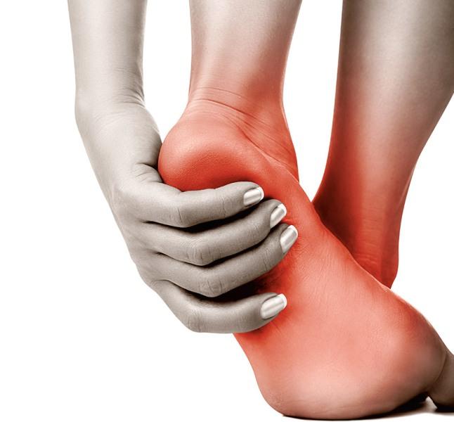 bottom of foot swollen pain